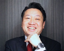 株式会社スマートアセットマネジメント 代表取締役 高見英治